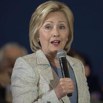 Хіларі Клінтон вийшла на національний рівень президентських перегонів у США