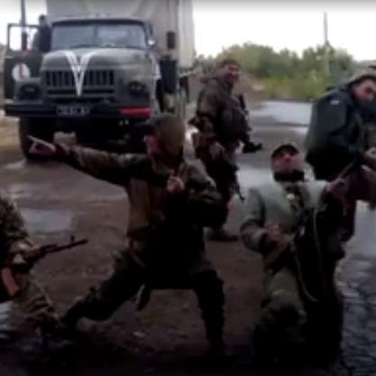 Бійці на передовій влаштували запальні танці (відео)