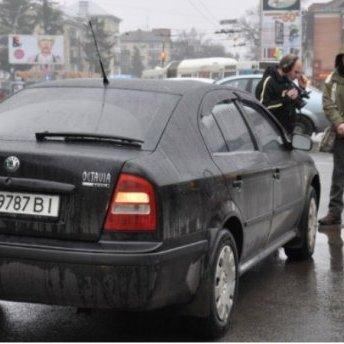 У Полтаві автомобіль нардепа збив дитину (фото, відео)