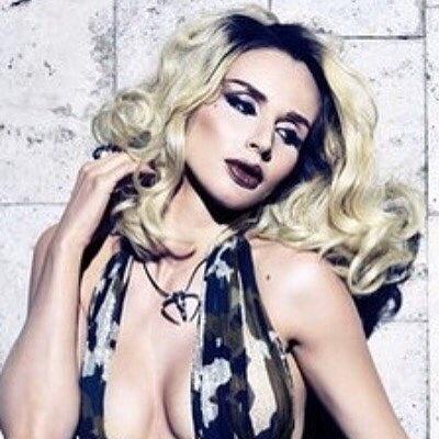 Лобода опублікувала дуже відверте фото з оголеними грудьми