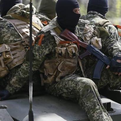 Бойовики масово збігають з передової та обстрілюють позиції АТО