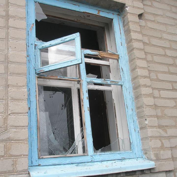 Бойовики обстрілюють будинки мирних жителів