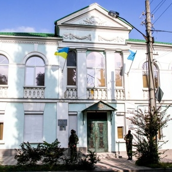 Окупанти забрали собі головний офіс Меджлісу в Сімферополі