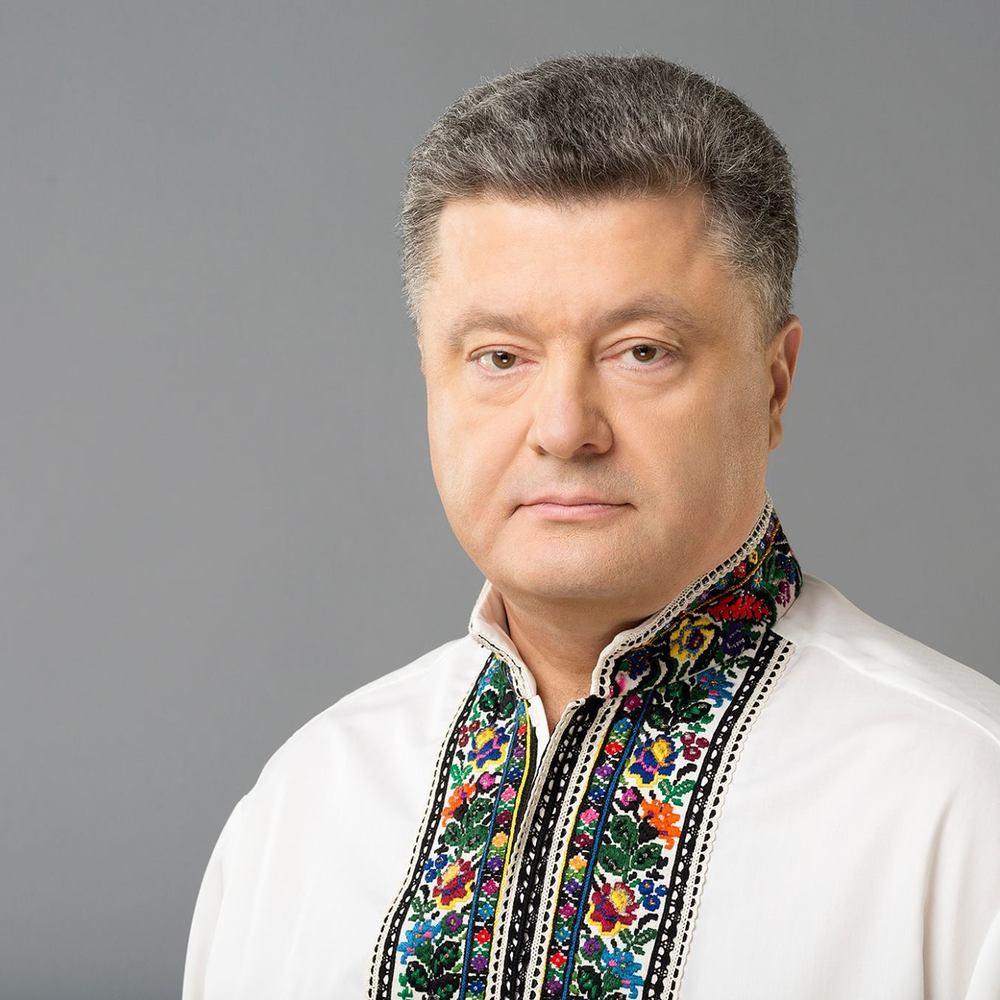 Президент привітав українок зворушливим відео (ВІДЕО)