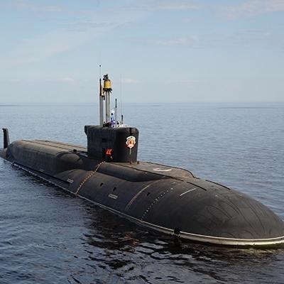 Біля Франції було виявлено підводний човен РФ, - ЗМІ