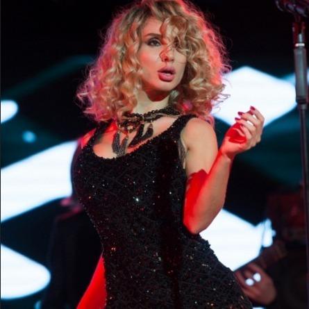 Світлана Лобода вразила новим іміджем на концерті в Одесі (ФОТО)