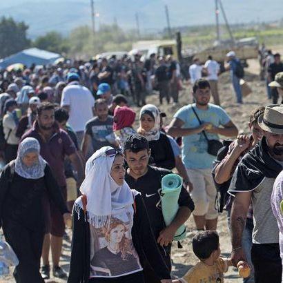 Мігранти знову намагаються перетнути кордон Македонії