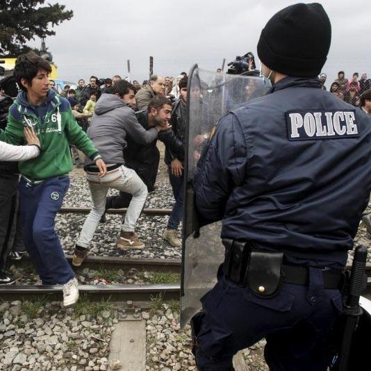 Македонія повернула Греції біженців