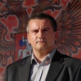 Аксьонов порівняв річницю незаконного референдума в Криму з Днем перемоги