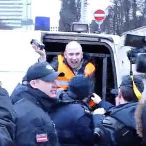 У Латвії затримали Грема Філліпса (ВІДЕО)