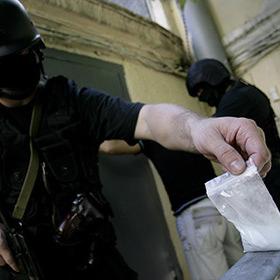 На росіянина завели карну справу за продаж парацетамолу замість наркотиків