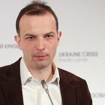 Казочка Андерсена про голого короля: Соболєв прокоментував рішення КС щодо змін до Конституції