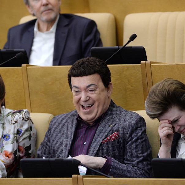 У російській Держдумі депутати прогуляли прийняття закона про депутатів-прогульників