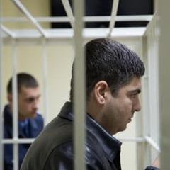 Суд відпустив пасинка Фірташа під домашній арешт