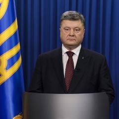 Порошенко запропонував обміняти Савченко на двох ГРУшників