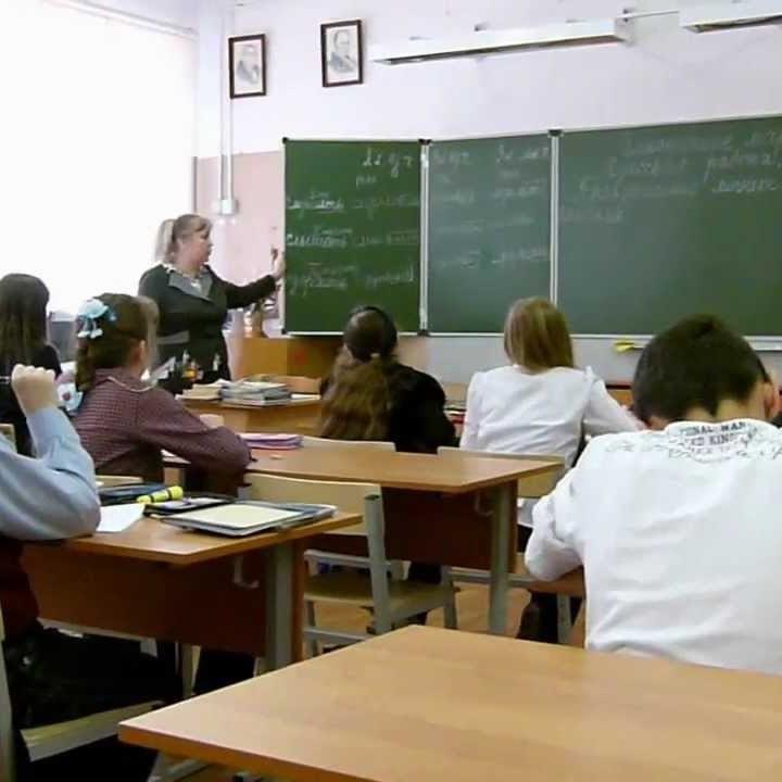 «Заткніть пельки» і «Як ви мене дістали»: обурлива поведінка вчителів спричинила скандал у школі Києва