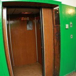 В Одесі в шахті ліфта виявили тіло малюка