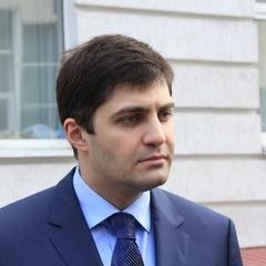 Порошенко пообіцяв Сакварелідзе повернути його до Генпрокуратури
