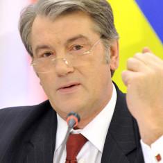 Ющенко прокоментував політику Яценюка