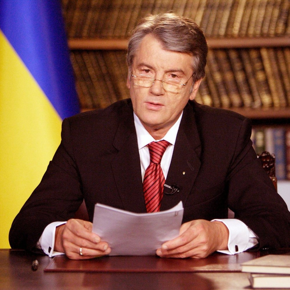 Ющенко назвав Юлію Тимошенко «московською зозулею»