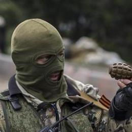 П'яний бойовик кинув гранату у натовп мирних жителів