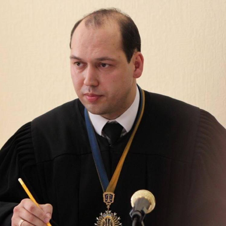 ВККСУ відсторонила суддю Вовка