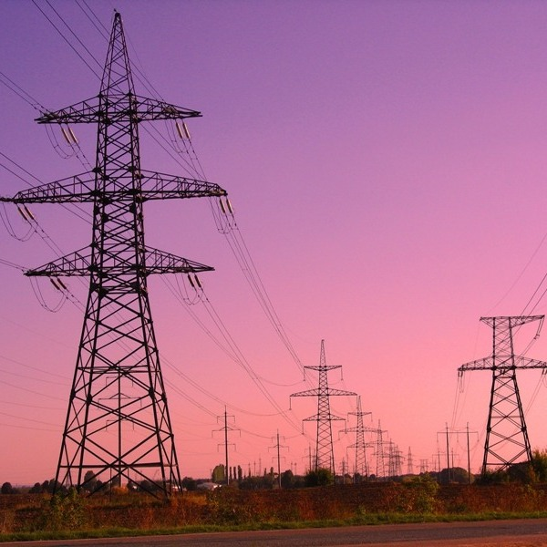 У Криму окупанти відключають електроенергію вже й на промислових об'єктах