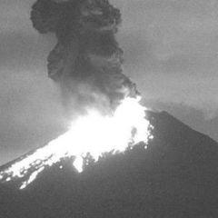 З'явилося відео виверження вулкану у Мексиці