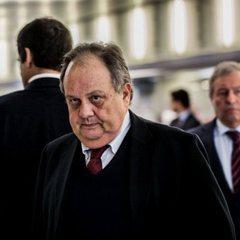 Португальській міністр подав у відставку після того, як погрожував журналістам у Facebook
