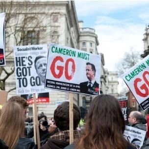 У Британії на мітингу вимагають відставки прем'єра через офшорний скандал