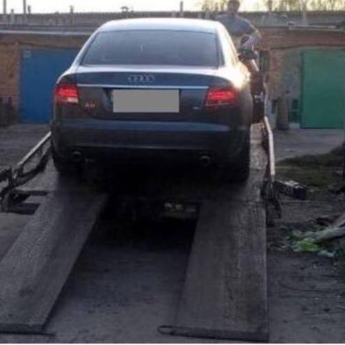Власник гаража, у якому стояла автівка зниклого львів'янина, здавав його в оренду