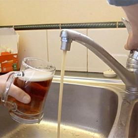 Росіянин створив перший у світі пивопровід