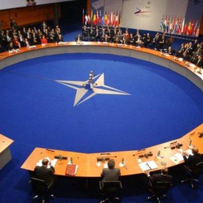 НАТО готове прийняти заявку на членство від України