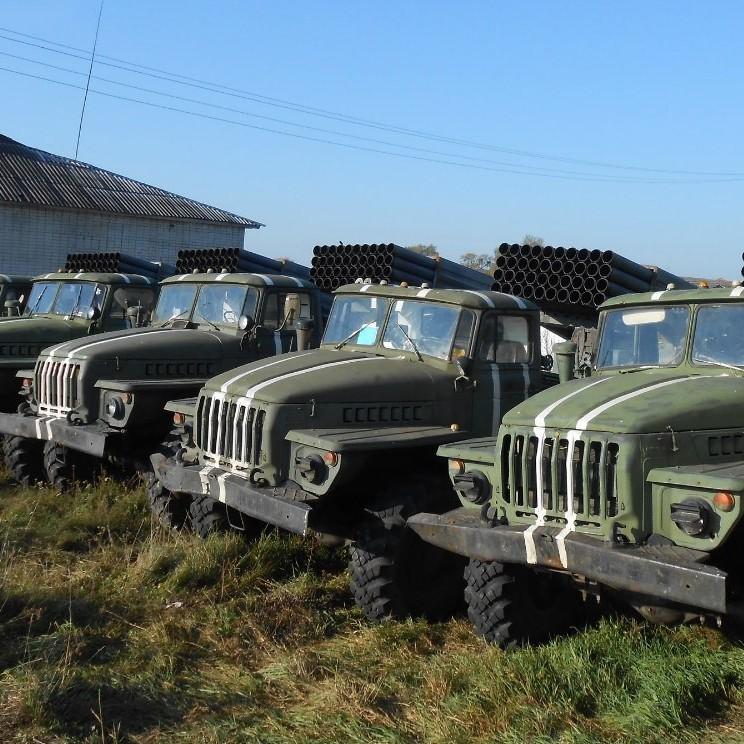 До Дебальцевого прибув ешелон з танками та системами «Град»
