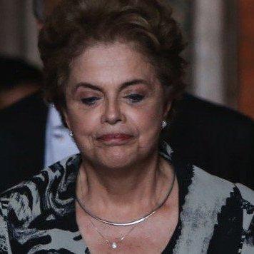 У Бразилії парламент проголосував за імпічмент президента