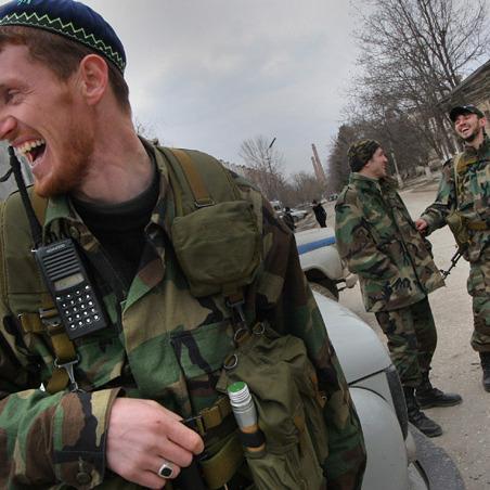 Росія знову перекидає до Донбасу кадировців та військових з Дагестану