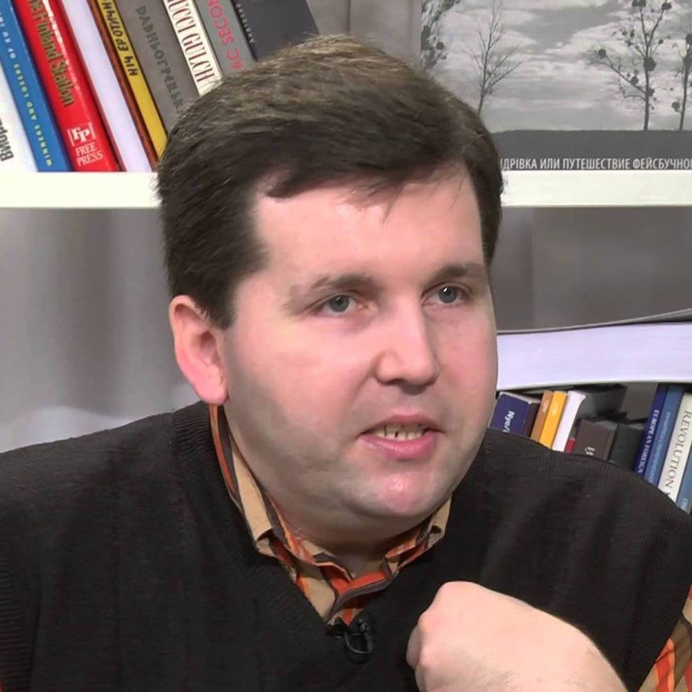 Смерть відомого політолога пов'язують з кумом Путіна