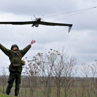 У Костянтинівці українських військових атакував ворожий безпілотник