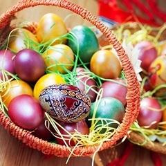 10 способів розфарбувати яйця на Великдень