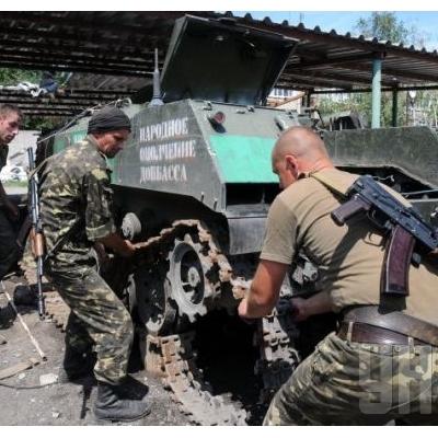 Бойовики порозкрадали військову техніку, яку відвели від лініі розмежування за Мінськими домовленостями