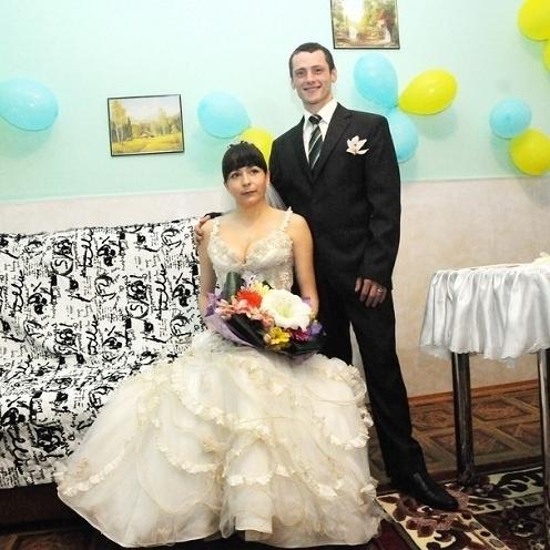 Вперше в Україні довічно засуджена вийшла заміж