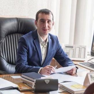 У Полтаві госпиталізований з ножовими пораненнями в серце директор місцевого телеканалу
