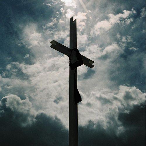 Сьогодні у християн найскорботніший день року - Страсна п'ятниця
