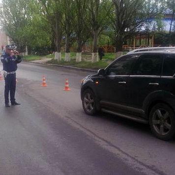 У Слов'янську Mitsubishi здійснило наїзд на 9-річну школярку (фото)