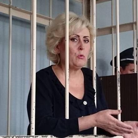 Депутати Слов'янська просять звільнити екс-мера Нелі Штепу
