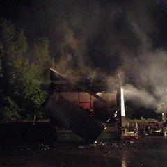 У центрі Києва спалили кіоск (ФОТО)