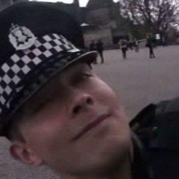 Поліцейські знову танцюють - тепер у Шотландії (відео)