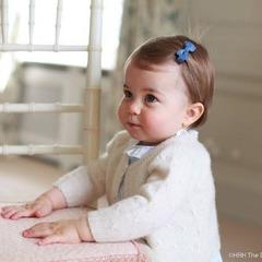 Опубліковані нові фото маленької принцеси Шарлотти