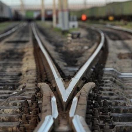На Сумщині 23-річний хлопець загинув, роблячи селфі на даху потяга