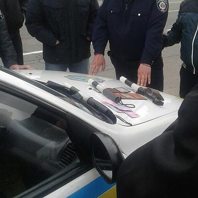 На Чернігівщині поліцейські прикидалися співробітниками ДАІ